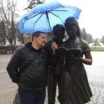 Краснодар Памятник Шурику и Лидочке